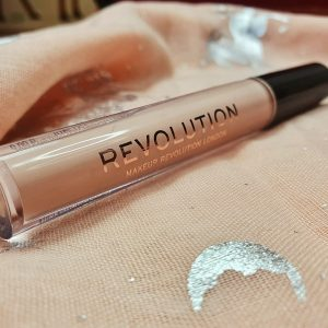 Revolution eye primer