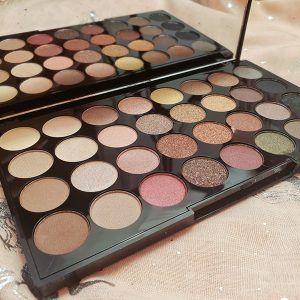 Revolution 'Flawless' palette